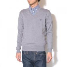 【Maison Kitsune-メゾン キツネ】CLASSIC V-NECK KNIT SOLID【GRY】
